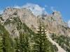 über den Grat in der Mitte führt der Klettersteig